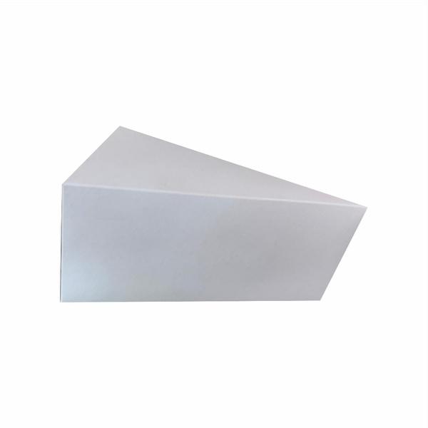 Caixa na cor branco para fatia de bolo