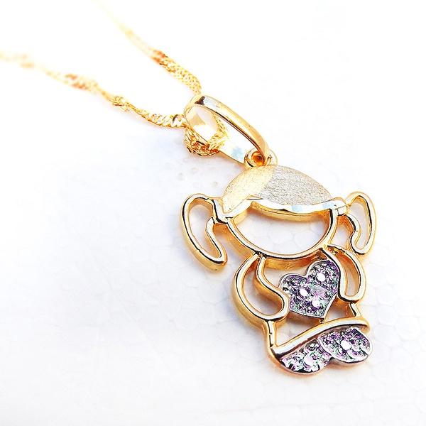 Pingente de Ouro Boneca Menina com Pedras Zircônica