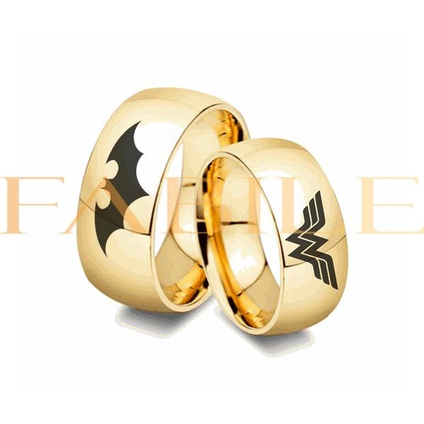 Alianças Gaya 10mm Batman e Mulher maravilha ♥ Casamento E Noivado Tungstênio