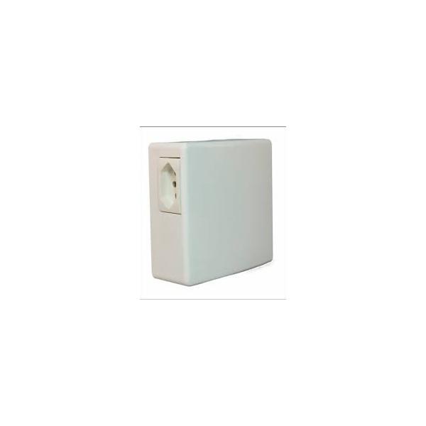 CD SOBREPOR PVC P/ AR COND. COM TOMADA BIFASICO BET