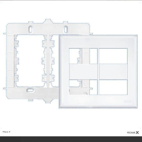 Placa 4x4 Com Suporte Para 4 Modulos Evidence Fame