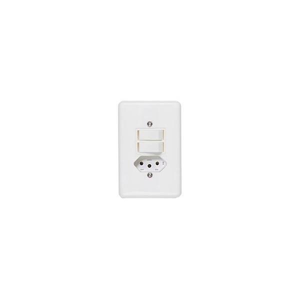 Interruptor 2 Seções Com Tomada 10a 4x2 Completa Branca