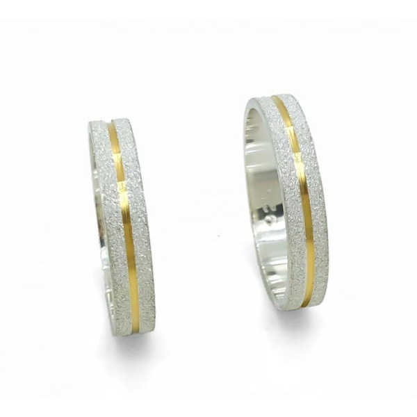 Aliança Diamantada Com Filete Banho De Ouro 3,5mm (Par)