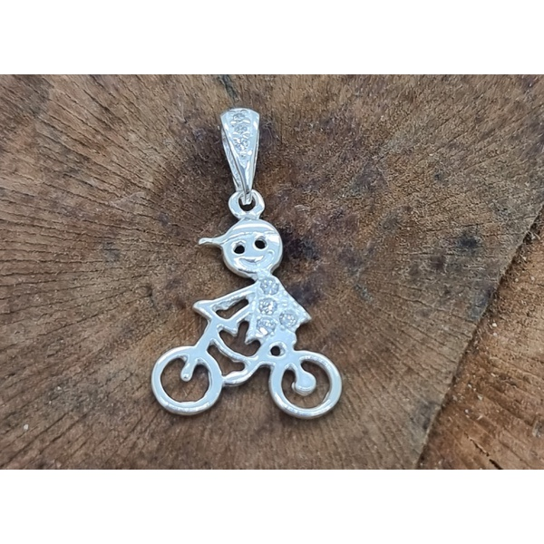 Pingente Prata Menino de Bicicleta