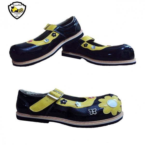 Sapato de Palhaço Feminino Preto com Flores Ref 901