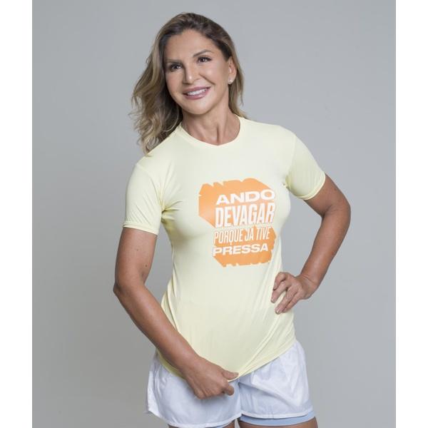 Camiseta Feminina Funfit - Ando devagar porque já tive pressa