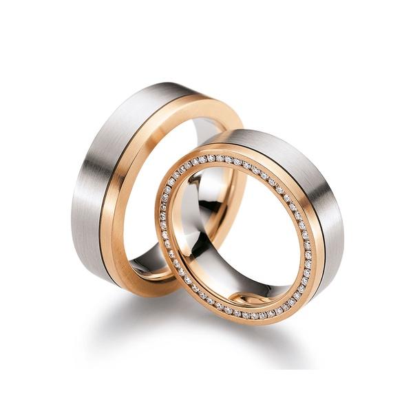 Aliança Bodas de Ouro Cravejada com Diamantes