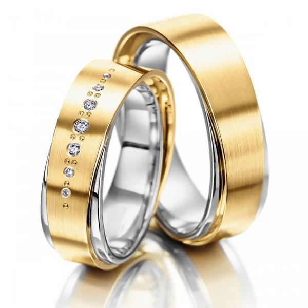 Aliança de Bodas Trabalhada com Diamantes