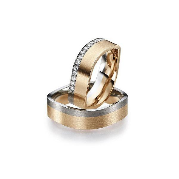 Aliança Quadrada em Ouro 18k com Diamantes