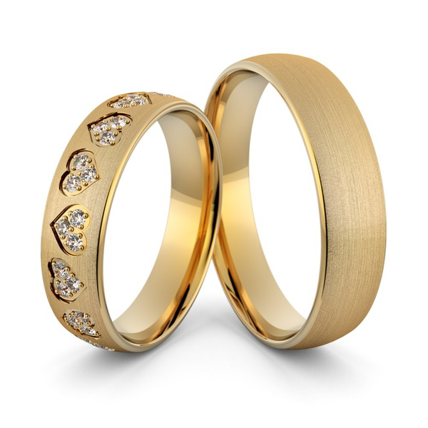 Aliança em Ouro 18k Corações com Diamantes