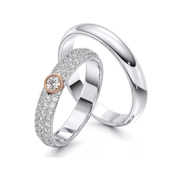Aliança com Diamantes