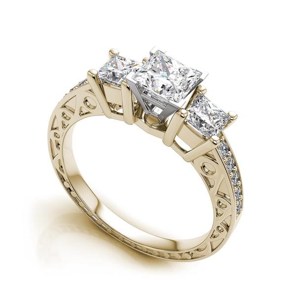 Anel de Noivado com Diamantes Princess