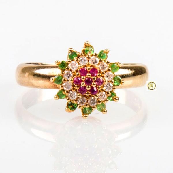 Anel em Ouro Amarelo 18k 750 com Esmeralda, Rubi e Brilhantes