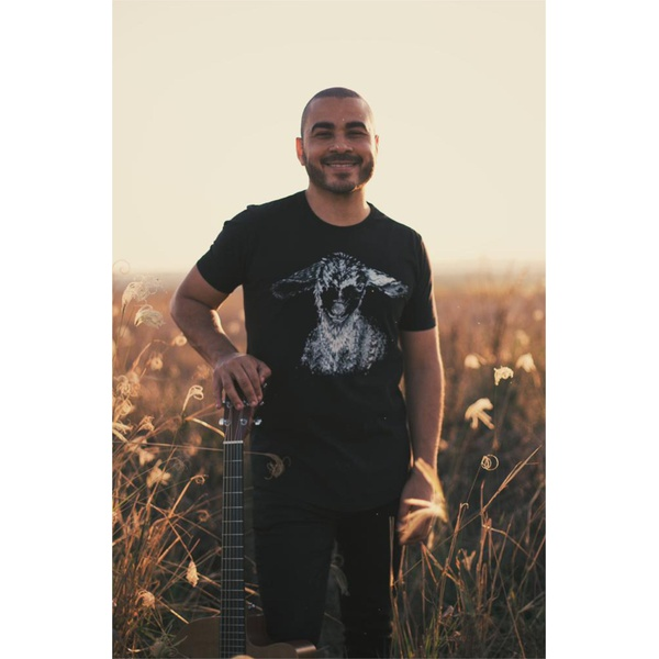Camiseta Long Ovelha Errante
