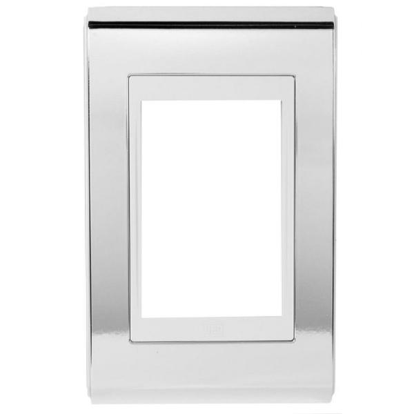 Placa 4x2 para 3 Módulos 13978144 Prata e Branco Refinatto Weg