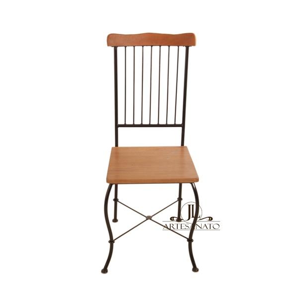 Cadeira de Jantar Encosto Gradeado