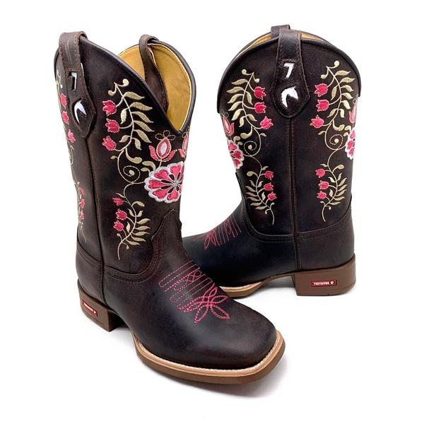 Bota Texana Feminina Bico Quadrado Couro Fóssil Preto Solado Borracha