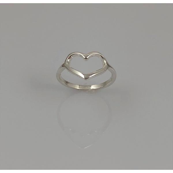 Anel Coração Liso em Prata 925