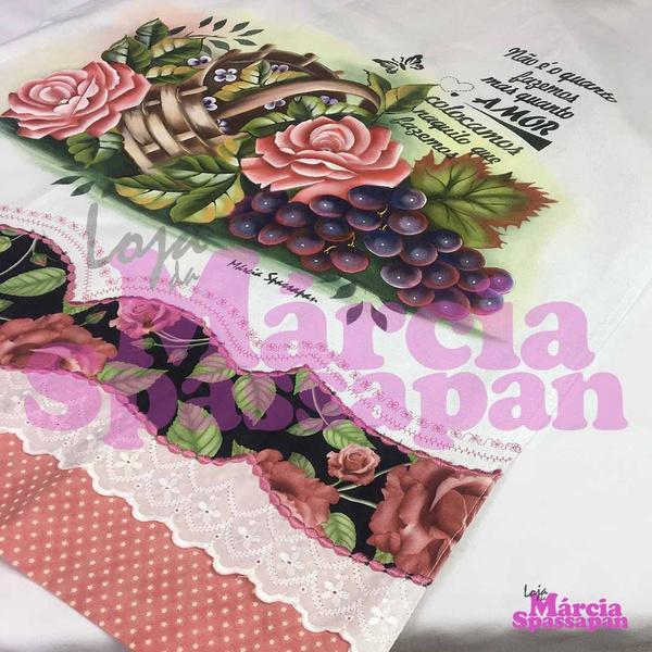 Pano de Copa Cesta com Rosas e Uvas