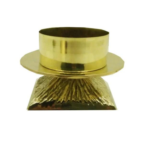 Castiçal Bronze 11 centímetros de altura e 9 centímetros para vela