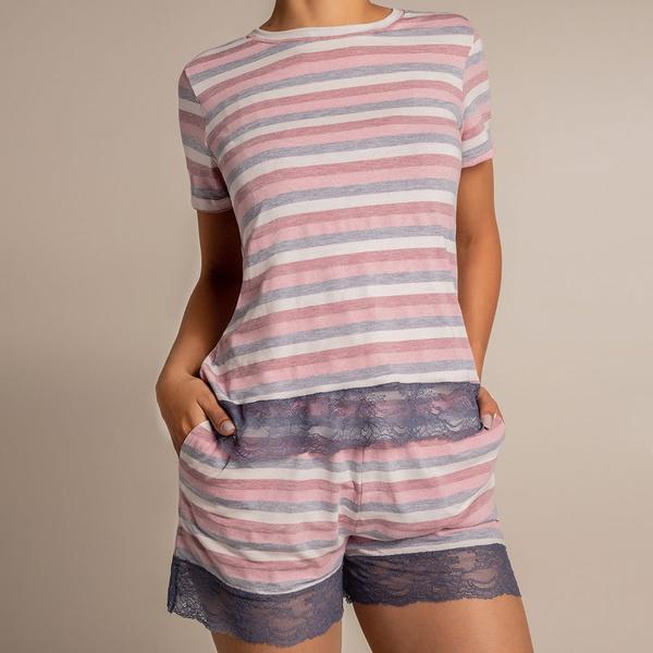 Pijama de verão curto em malha.