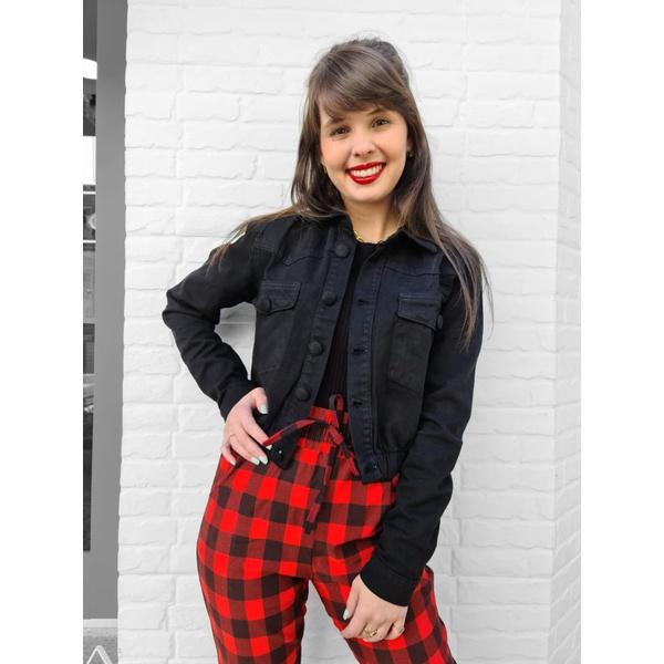 Jaqueta Jeans Cropped com Elástico na Barra - Preta