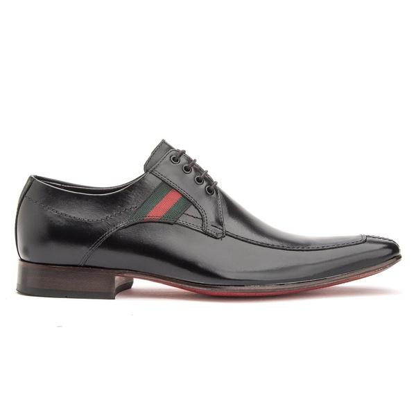 Sapato Social Preto solado de Couro Bico Fino