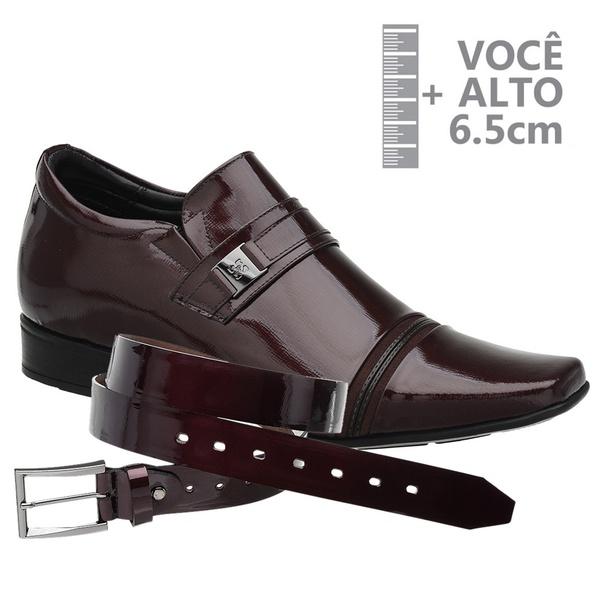 Sapato com Salto Interno Vinho Jota Pe Grow Air + Cinto Envernizado