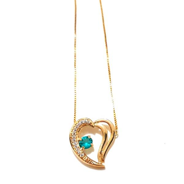 Colar Banhado a Ouro com Pingente Coração com Zircônias e Cristal