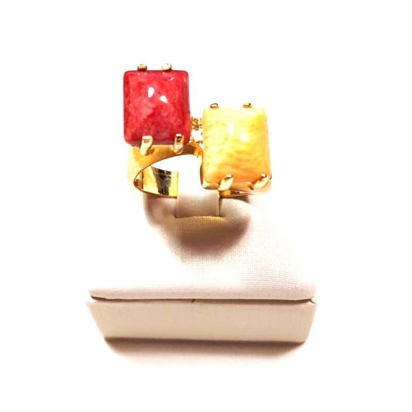 Anel Banhado a Ouro com Amazonita Vermelha e Bege