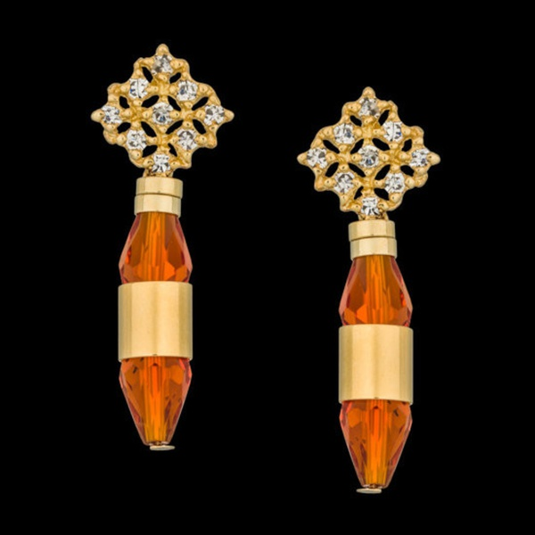 Brinco folheado à ouro 18k abajur cristal