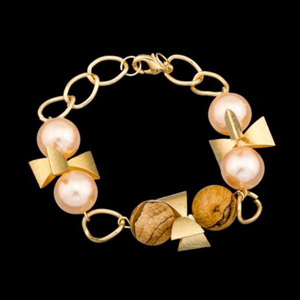 Pulseira folheada a ouro,com pedra natural madeira.