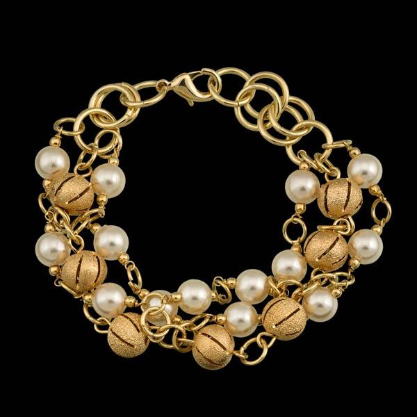 Pulseira folheada a ouro,com perola e bola vazada.