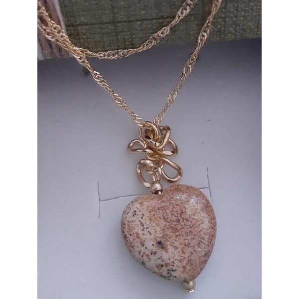 Colar folheado a ouro 18k Coração Pedra Madeira