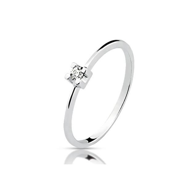 Anel Solitário de Diamante em Ouro Branco 18K