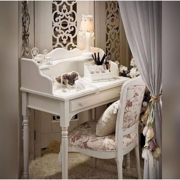 Conjunto Com Escrivaninha Branca (1,40m) + Penteadeira Clássica Branca Com Banqueta (1,10m)