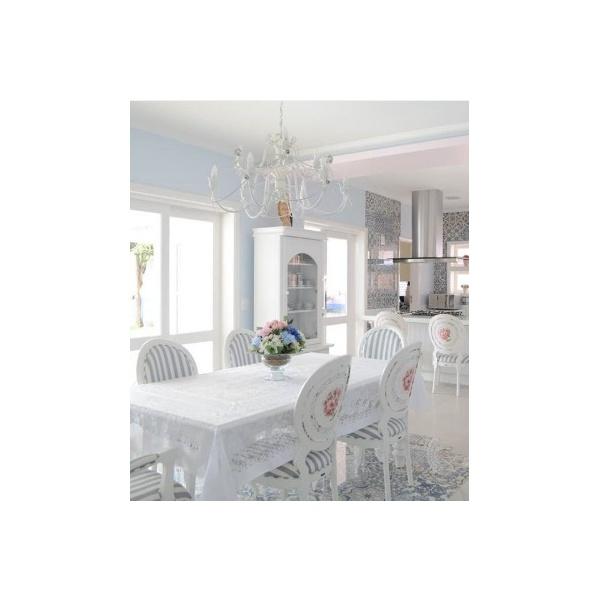 Conjunto Mesa de Jantar Rocale com 6 Cadeiras Medalhão