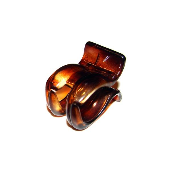 Prendedor Pequeno 4,0x3,0cm Tartaruga de Acetato Musa Kalliopi