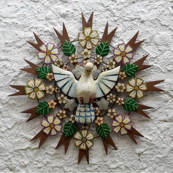 Divino Espírito Santo Resplendor com Recortes de Flores e Folhas 0,80 M. _Toti