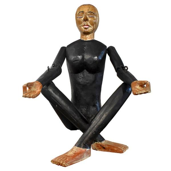 Escultura Ioga Preto Pequeno