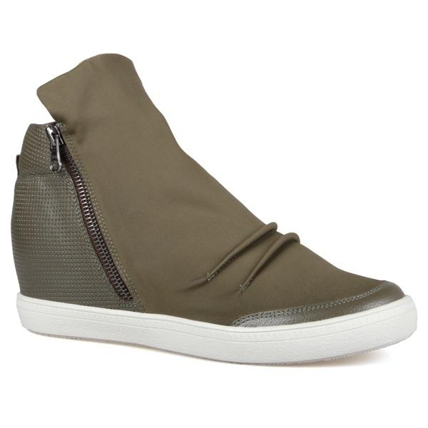 Tênis Siena Sneakers Detalhe Furinhos e Zíperes Lateral Verde Militar Em Couro e Neoprene