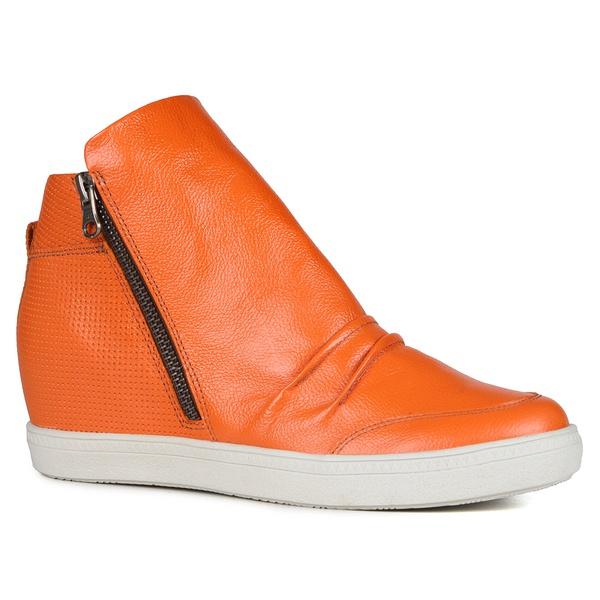 Tênis Siena Sneakers Exubenrancia Detalhe Furinhos e Zíperes Lateral Salto 4,5 Cm