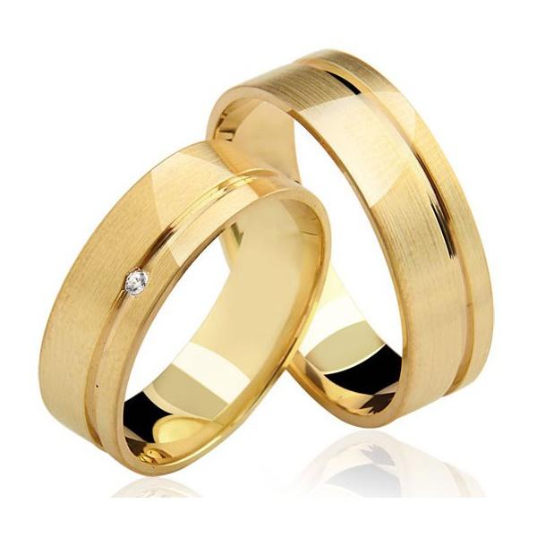 par de alianças grossas de casamento em ouro amarelo 18k
