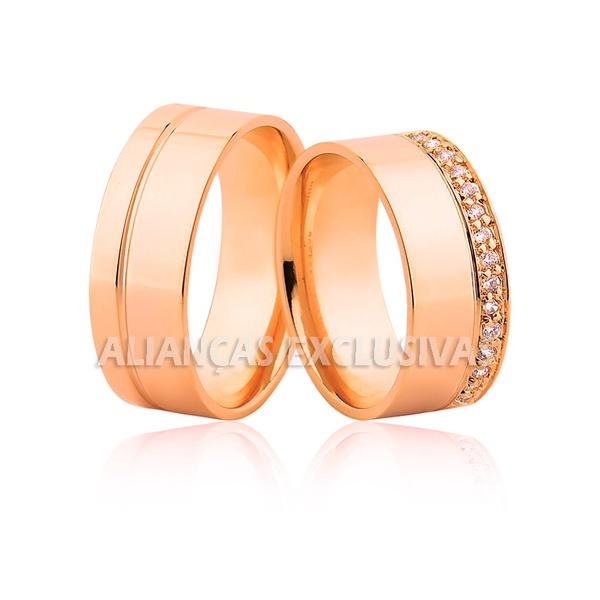 alianças grossas de casamento em ouro rose com fileira de diamantes
