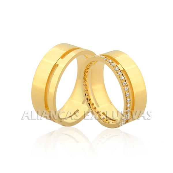 Aliança de Noivado e Casamento em Ouro 18k com Diamantes