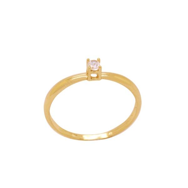 anel de ouro amarelo solitário feminino com zircônia
