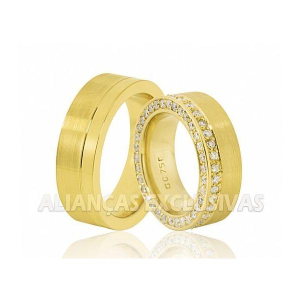 Alianças Grossas de Ouro Anatômicas 80 Diamantes