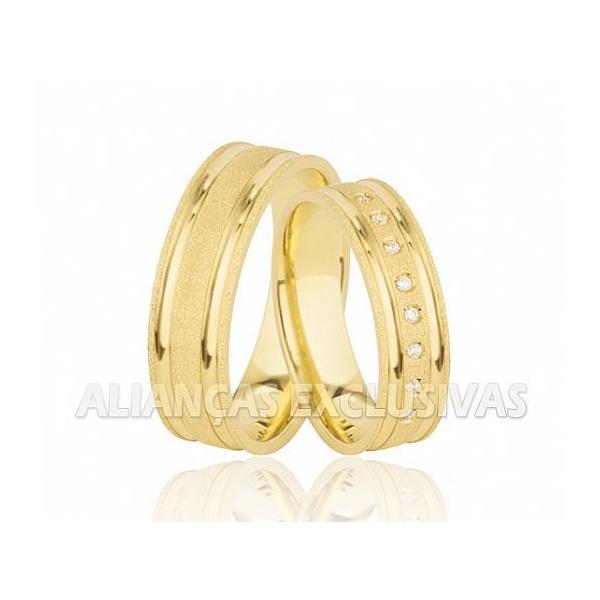 Alianças de Noivado e Casamento em Ouro 18k Diamantadas