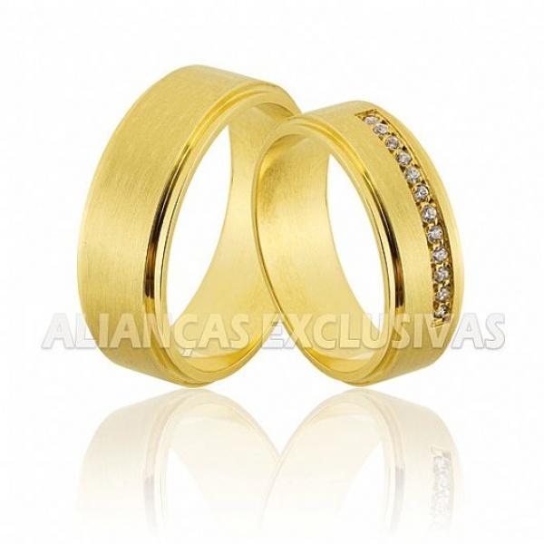 Alianças Foscas em Ouro 18k com Diamantes
