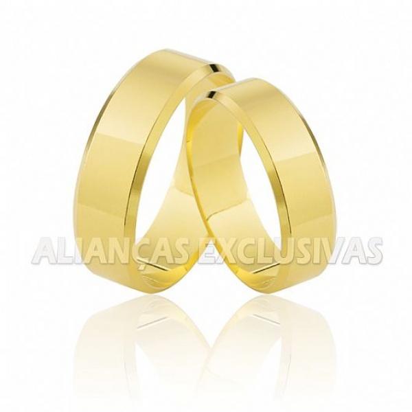 Aliança Chanfrada 6,0 mm Ouro 18K